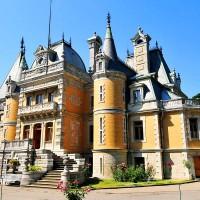 Экскурсии по архитектурным красотам Крыма - ваш личный гид по Крыму